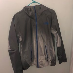 Men's North Face windbreaker/ rain jacket